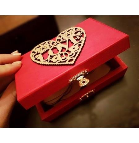 Kutia e Dashurise me Dedikime Zemra